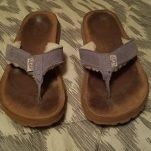 UGG flip flops / sandals